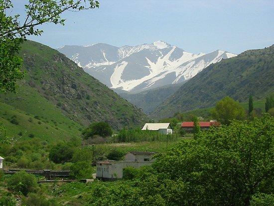 Foto van de waterkrachtcentrale van Zhabagly