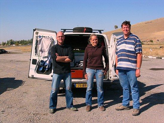 Opel Combo met Nederlanders in Kazachstan