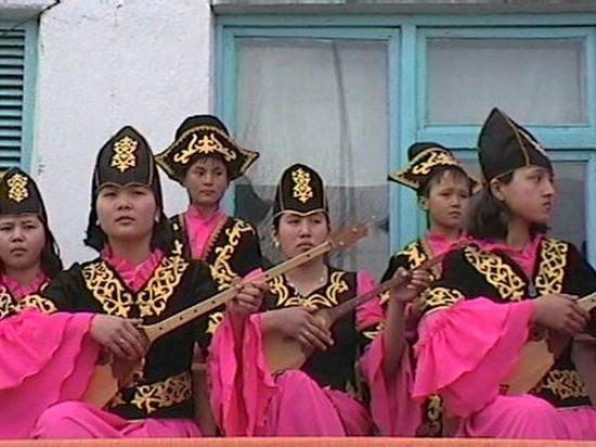Nauryz feest 2003