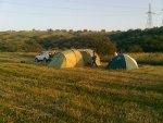 Tentenkamp voor het hooien