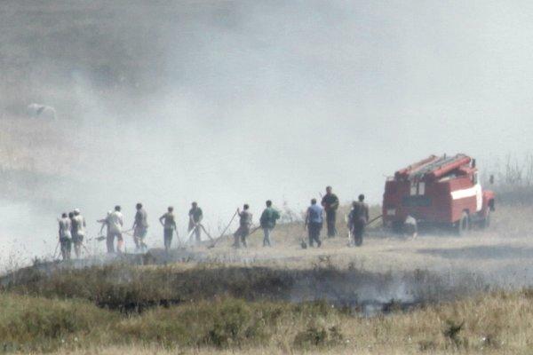 Brand in het veld